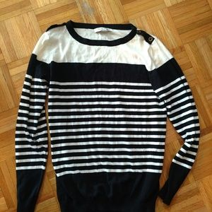 F21 button neck sweater